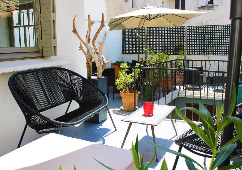 patio-banasterie